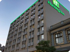 �ۥ�ǡ����󡦥ѡ������ƥ������󥿡�-��Holiday Inn Perth City Centre)