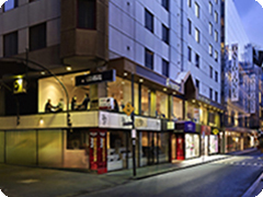 ��륭�塼�롦�����륫�ࡦ�ۥƥ롦���ܥ��-(Mercure Welcome Melbourne)