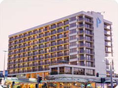 �ѥ��ե��å��ۥƥ롦������-(Pacific Hotel Cairns)