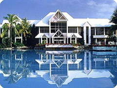 ������ȥ󡦥ߥ顼���塦�ݡ��ȥ����饹-��Sheraton Mirage Port Douglas)