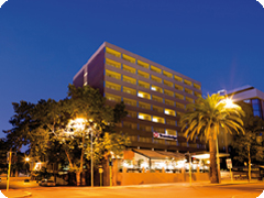 �ȥ�٥�å����ѡ���-��Travelodge Perth)