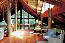 熱帯雨林に囲まれたエコリゾート