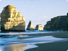 グレートオーシャンロード&フィリップ島ツアー1泊2日・Bunyip Tours[メルボルン発]