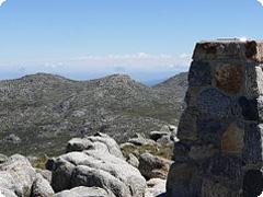 オーストラリア最高峰・コジオスコ山登頂 トレッキングツアー・GOGO TOURS [日本語ガイド付]