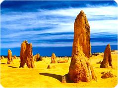 格安ピナクルズバスツアー、美しいインド洋のビーチとランセリン砂丘1日ツアー・Real Aussie社[パース発]