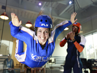 室内スカイダイビング iFLY Indoor Skydiving[ゴールドコースト]